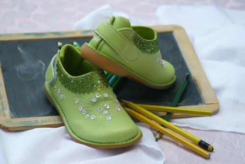 冬の雨の日ディズニー子供靴注意点