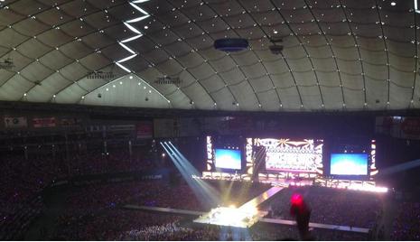 東京ドーム2階席上段からの景色眺めコンサート