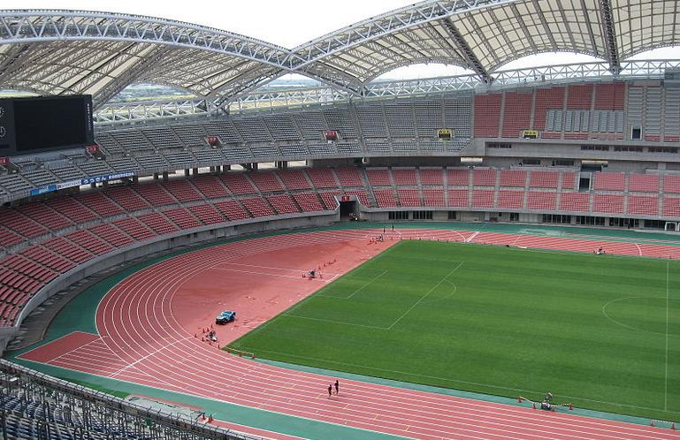 デンカビックスワンスタジアム新潟スタジアム2階席からの眺め見え方
