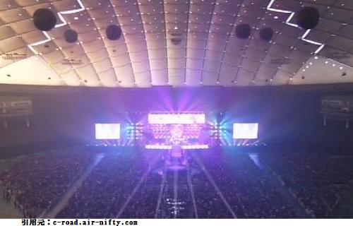 東京ドームコンサートライブ2階席正面からの景色