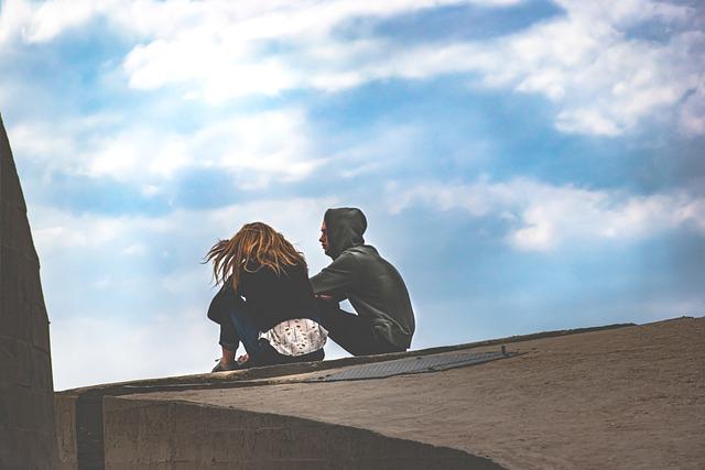 大人のデート頻度とお互いの自由