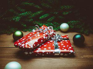 クリスマスプレゼント彼氏宛服ブランド