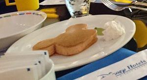アンバサダーホテルパンケーキシェフミッキー